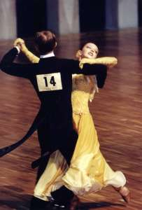 обучение бальным танцам в Школе танцев Веста-Клаб