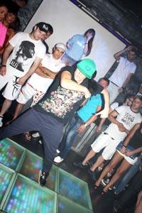 научиться танцевать хип-хоп vestaclub.ru