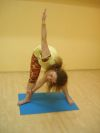 урок йоги в школе танцев